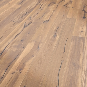 Parquet oak white, Valley, bevelled (4V), structured, oiled finish