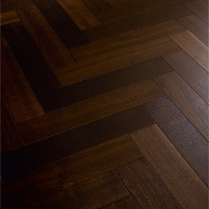 Parquet Meister Smoked Oak lively, 1-strip, brushed, lacquered PS400 Herringbone