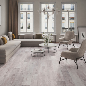 Parquet Oak, Molti Panna Cotta, 3-strip, brushed, stained, matt lacquer